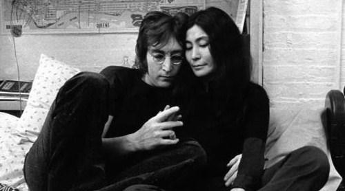 John-and-Yoko-john-and-yoko-19471404-500-278